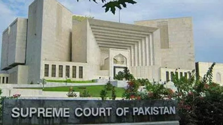 Pakistan Supreme Court Clips Wings of Armed Forces, ISI; Says Stay Away from Politics, Act Within Law