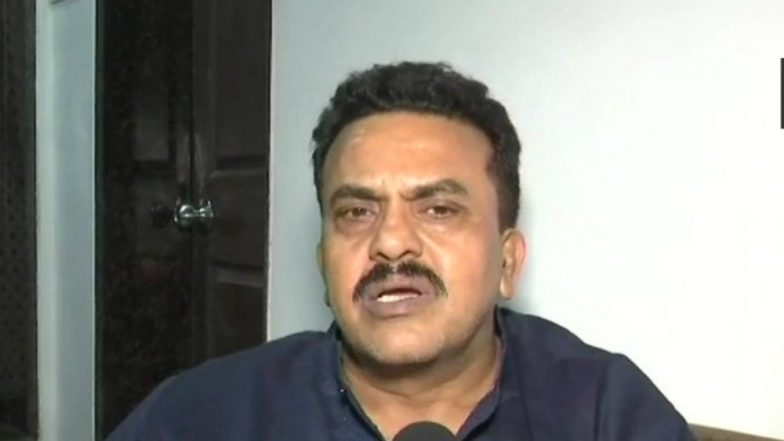 Congress Leader Sanjay Nirupam Defends His 'Anpadh Gawar' Comment on PM Narendra Modi, Says 'PM isn't God in a Democracy'