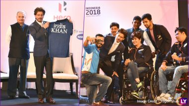Shah Rukh Khan Flags Off Indian Paralympic Contingent for 2018 Asian Para Games With Great Enthusiasm: See Pictures