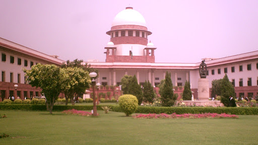Delhi vs Centre: Supreme Court Delivers Split Verdict on Control of Services, Refers It to Larger Bench