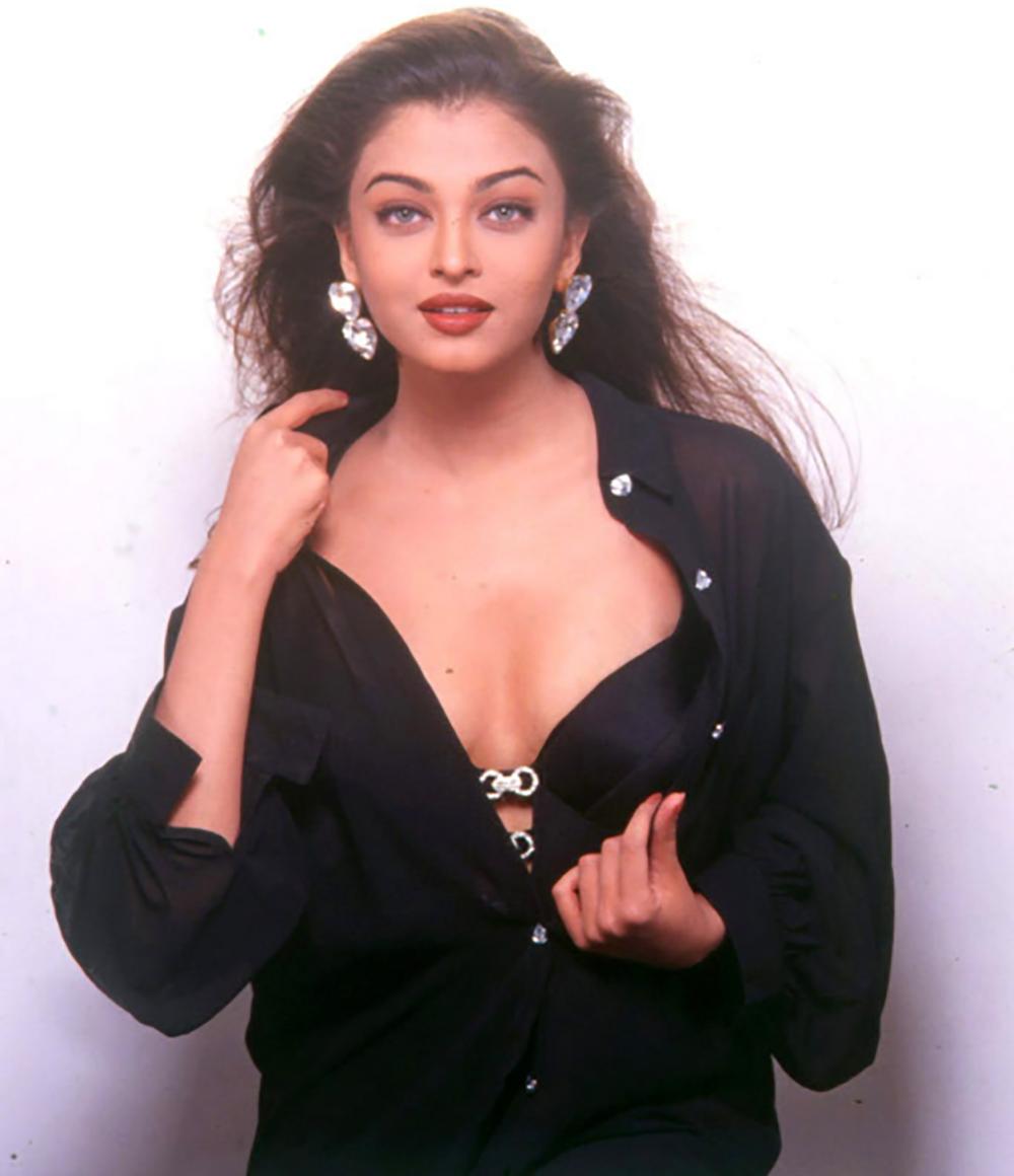 Aishwarya Rai Bachchan birthday photos