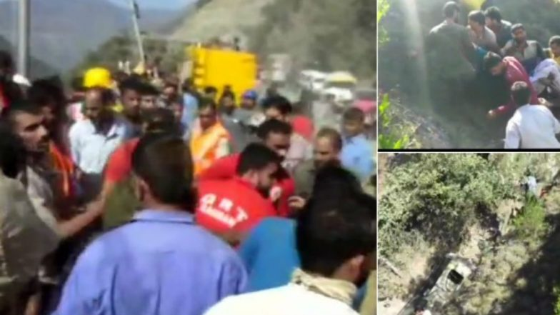 Jammu and Kashmir Accident: 20 Dead After Bus Falls Into Gorge at Kela Moth on Jammu-Srinagar Highway, Rescue Operations Underway