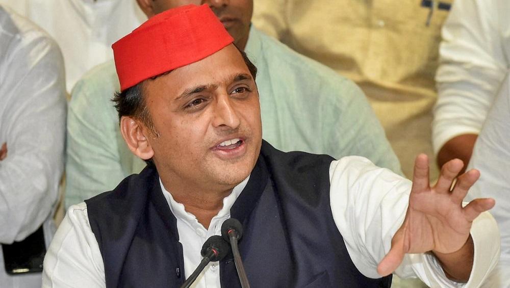 Akhilesh Yadav Urges Uttar Pradesh Govt to Give Away 'Samajwadi Relief Packets' to Poor in Whatever Name They Wish