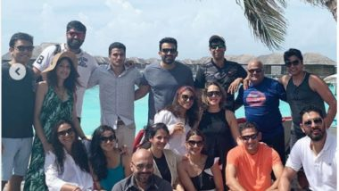 Ex-Indian Cricketers on a Vacation With Their Wives Give Team Goals! Sagarika Ghatge Shares Pic with Zaheer Khan, Ashish Nehra, Yuvraj Singh And Ajit Agarkar