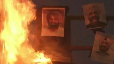 Dussehra 2018: Teachers Burn Effigy With Photographs of Punjab CM and State Ministers in Ludhiana as Part of Protest Over Salary Issues