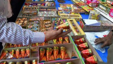 Sale of Safe and Green Firecrackers Allowed, No Complete Ban Across India, Rules Supreme Court Ahead of Diwali 2018