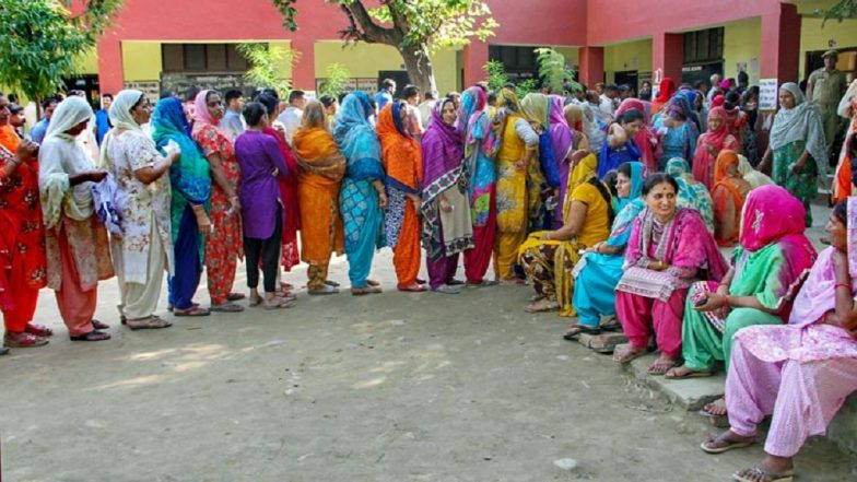 Jammu & Kashmir Local Body Elections 2018: First-Phase of Civic Polls in 11 Districts Ends, 68.83% Voting Recorded Till 4pm
