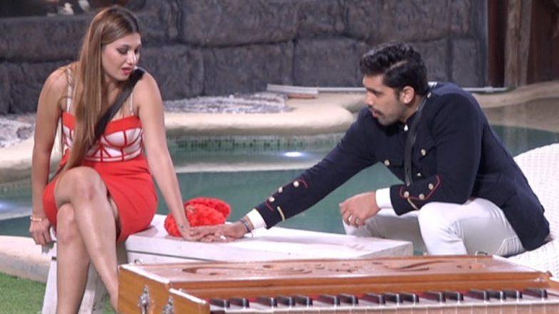 Bigg Boss 12: Anup Jalota's Reaction To Jasleen Matharu And Shivashish Mishra's Closeness Is Unmissable - Watch Video