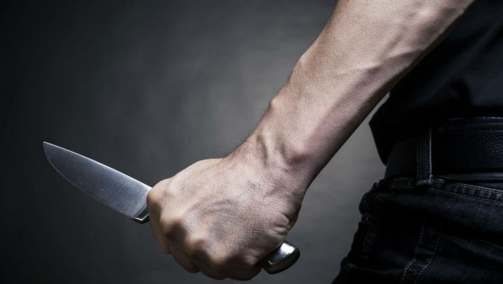 Bengaluru Shocker: 35-Year-Old Man Stabbed by Neighbour After He Tries to Save Wife From Him During a Fight