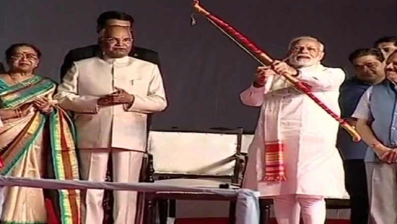 PM Modi Burns Ravan Effigy During Dussehra Celebrations at Lal-Qila Maidan