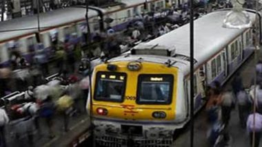 Mumbai: Vegetable Vendor Uses Umbrella to Avert Thane Train Accident