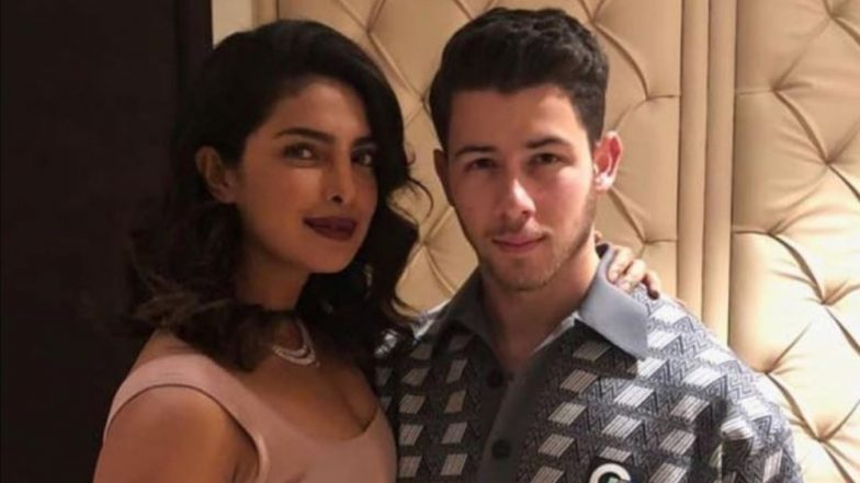 Aww! Nick Jonas Has This Stunning Pic of Priyanka Chopra as His Phone's Wallpaper - See Pic INSIDE