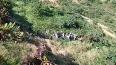 Selfie-Related Accident in Pune: Man Falls Into Gorge While Taking Selfie Near Sinhagad Fort, Rescued