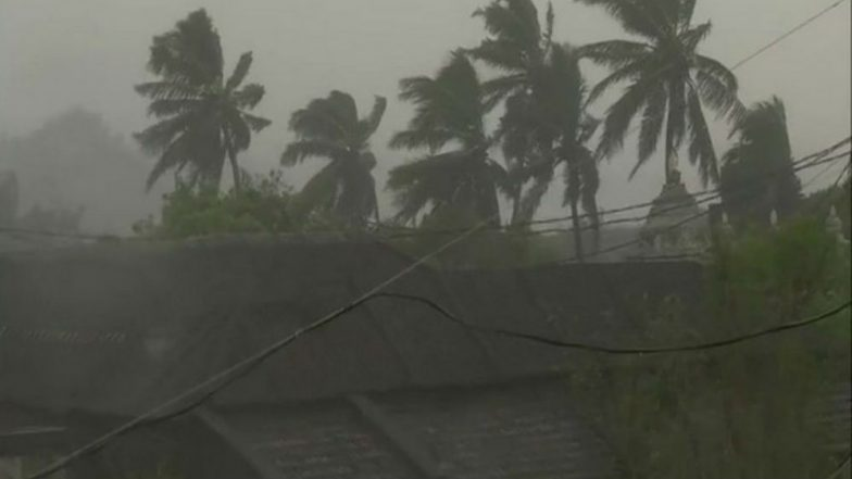 Cyclone Titli: Heavy Rains Likely in Gangetic West Bengal Till Saturday as Cyclonic Storm Moves Northeastwards