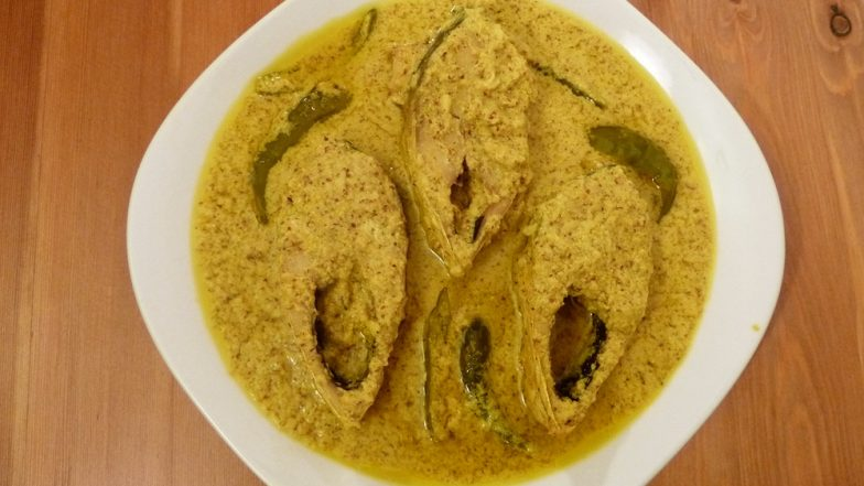 Durga Puja 2018 Dishes: Five Mouth-Watering Bengali Food That Are a Must-Try This Pujo Season