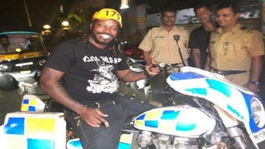Chris Gayle Meets the Mumbai Police, Hugs the Officials (See Pics)
