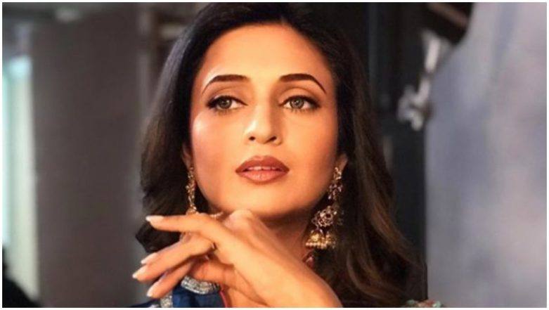 Yeh Hai Mohabbatein Actress Divyanka Tripathi Looks Ethereal in a Red Saree, View Pic