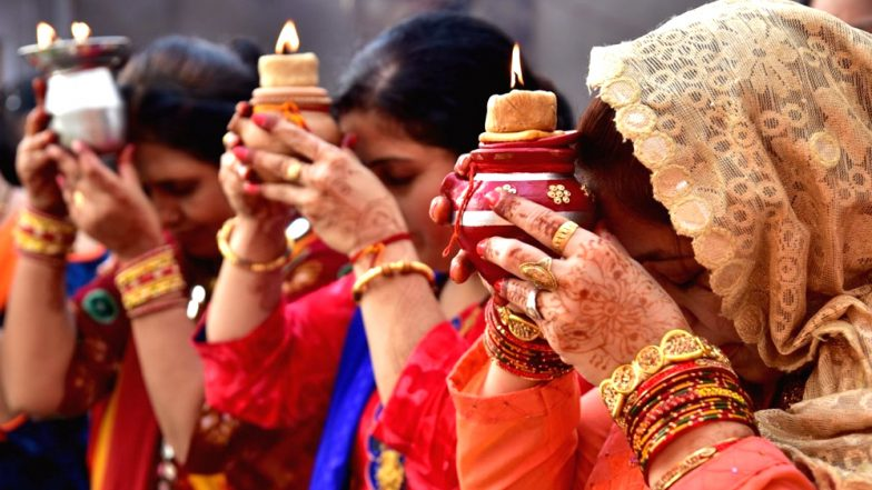 Karva Chauth Vrat 2018: How To Break Your Fast The Right Way This Karwa Chauth