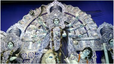 Durga Puja Carnival 2019 Live Streaming on ABP Ananda: Watch Online Telecast Showcasing Procession of 80 Durga Idols on Red Road in Kolkata