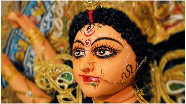 108 Names of Maa Durga in Hindi: This Navaratri 2018, Chant Names of Devi Durga to Seek Goddess Shakti's Divine Blessings