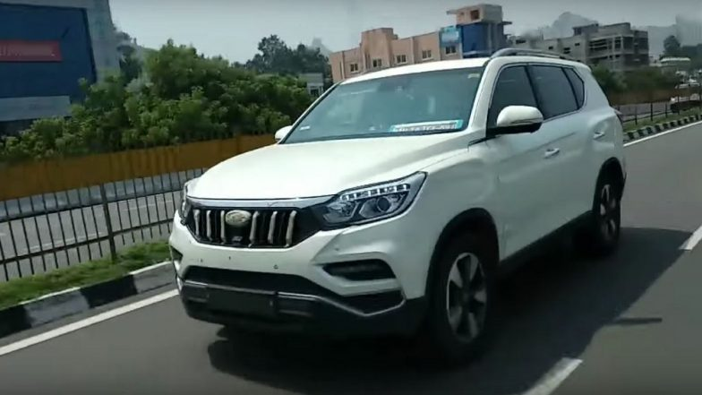 Mahindra XUV700 (Y400) SUV Spied Testing Ahead of India Launch - Watch Video