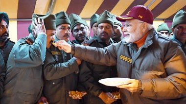 Diwali 2018: PM Narendra Modi Celebrates Deepavali With Armed Forces, Says 'India is Taking Great Strides Forward in Defence Sector'
