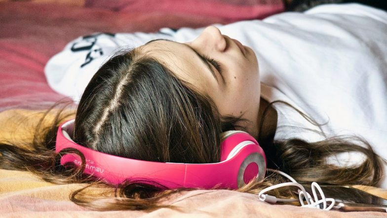 Having Trouble Sleeping? Music Helps Put You Off to Sleep