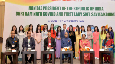 President Ram Nath Kovind Mesmerises 'Sabarmati Ke Sant' Sung by Vietnamese Students; Watch Video