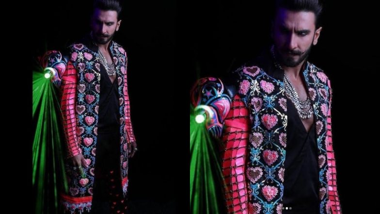 Ranveer Singh Goes Back To Bling With Kohl Eyes For His Wedding Party With Deepika Padukone And We're Speechless