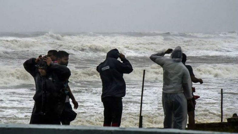Cyclone Vayu: All Beaches in Konkan Region Including Mumbai and Palghar Likely to Remain Shut for Public