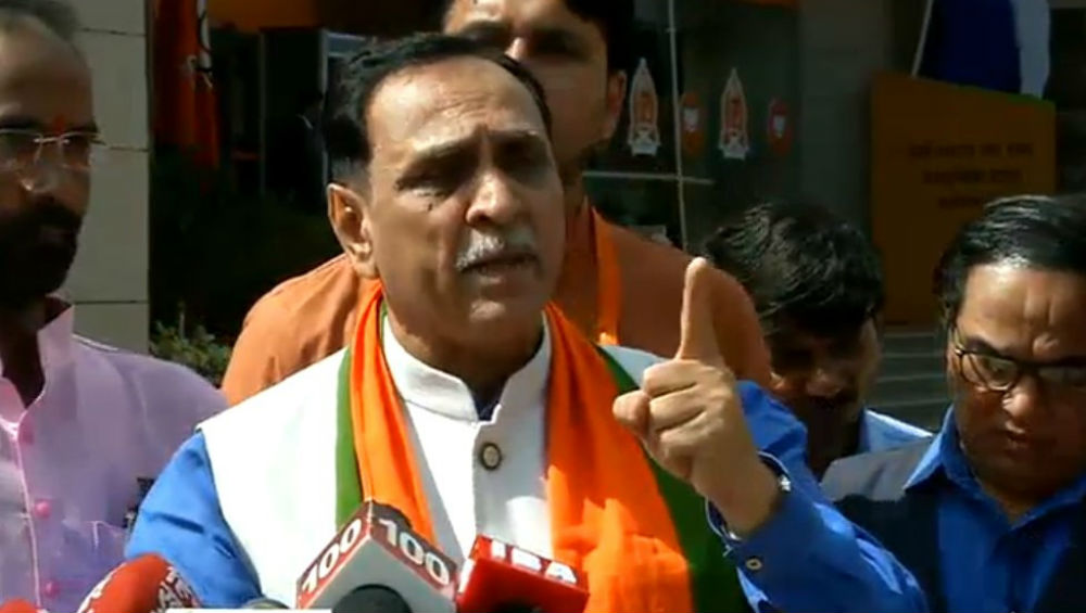 Gujarat Govt to Provide Food Items Free to 60 Lakh Poor Families Affected by Lockdown: CM Vijay Rupani
