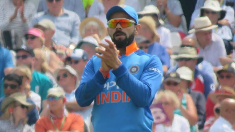 Virat Kohli Gets a Warm Welcome in Brisbane; Indian Captain Meets Fans Ahead of the First T20 Against Australia (Watch Videos & Pic)
