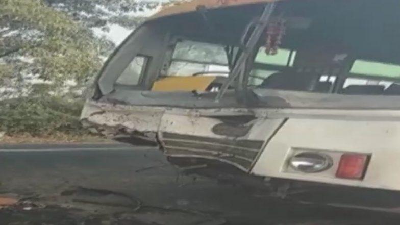 Uttar Pradesh Road Accident: 6 Dead, 13 Injured As Bus Hits Vehicle Due to Fog in Gunnaur