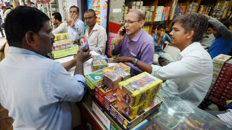 Diwali 2018: 53 Firecracker Sellers Booked by Mumbai Police, Over 100 Cases Filed on People Violating SC Order