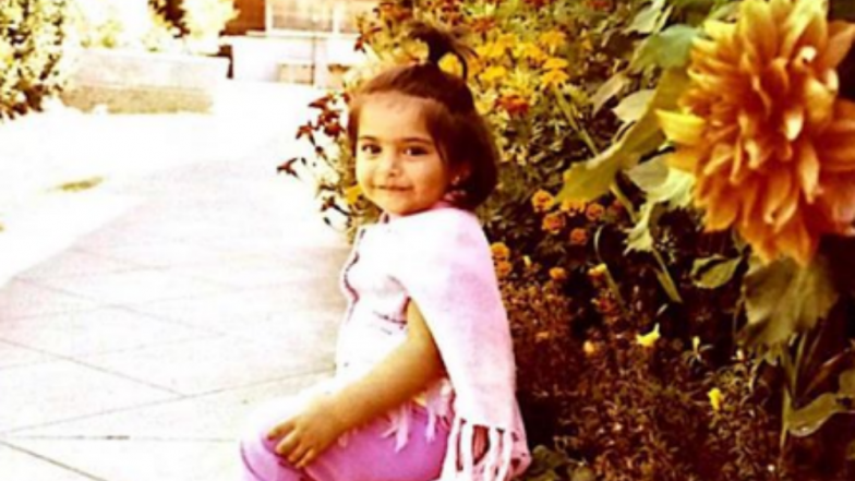Sonam Kapoor's Revisits Her Childhood 'Trend' With This Pic!