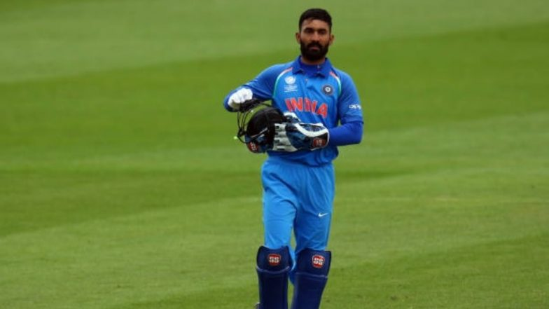 Dinesh Karthik Keeps Wickets Instead of Rishabh Pant During India vs West Indies 2018 1st T20; Angry Netizens Question, 'Why Not MS Dhoni?'