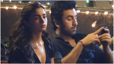 Brahmastra: Is Alia Bhatt Upset as Beau Ranbir Kapoor Gets Busy on Phone? – View Pics