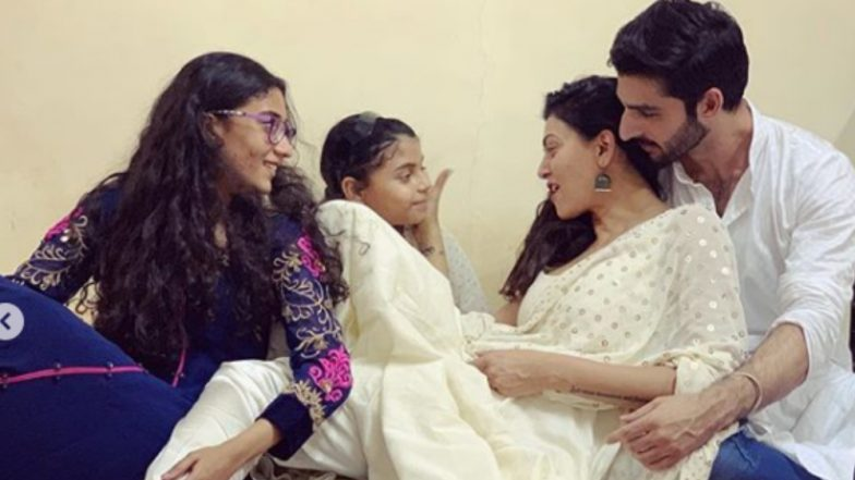 Sushmita Sen Celebrating Diwali With Her Daughters and Her Boyfriend Rohman Shawl Will Bring an Instant Smile to Your Face – View Pics