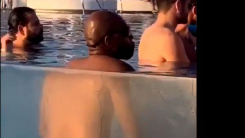 Teen Deepthroat The Pool