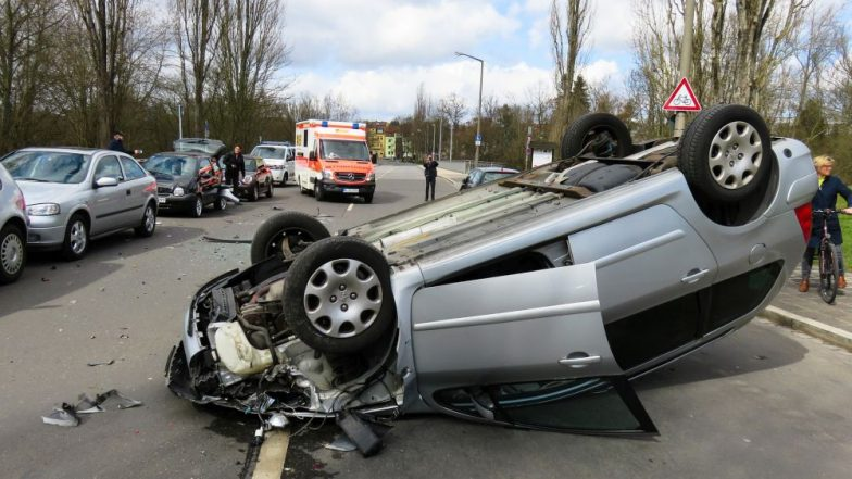 New Year's Eve 2019: Road Accidents Increase by 71 Per cent on 1st of January; Expert Tips to Prevent Accidental Deaths During New Year Celebration