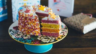 Christmas Cake Recipes 2018: 3 Ways To Make Eggless Cakes This Holiday Season