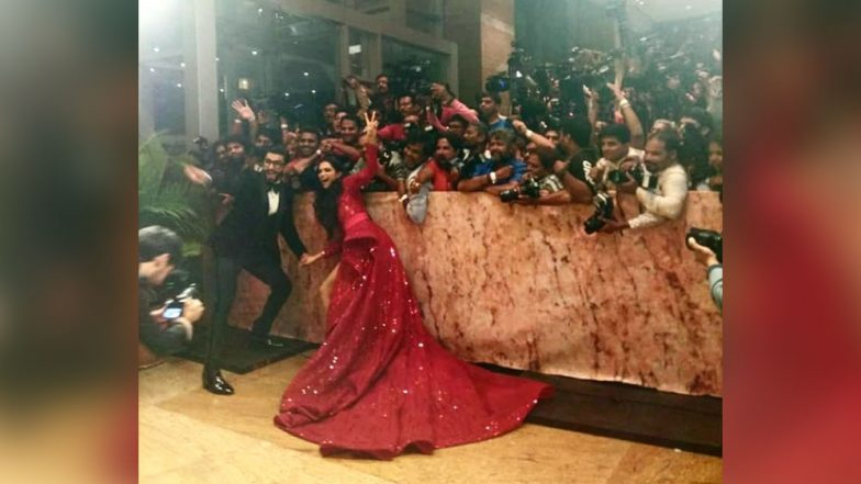 Deepika Padukone and Ranveer Singh Mumbai Reception: DeepVeer Get Goofy and Fun as They Pose With The Media (Pics and Video)