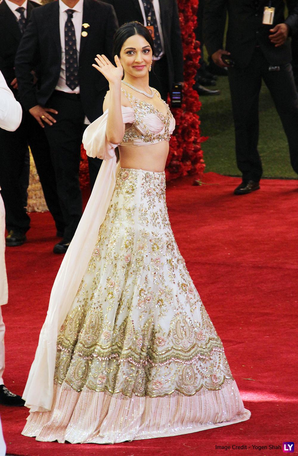 Isha Ambani-Anand Piramal Wedding LIVE Updates: Shah Rukh