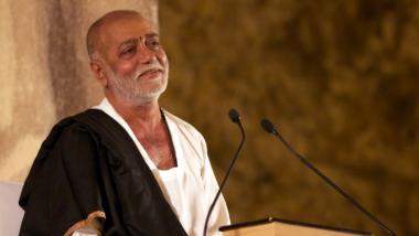Morari Bapu Visits Kamathipura, Invites Sex Workers for Manas Ganika Katha in Ayodhya