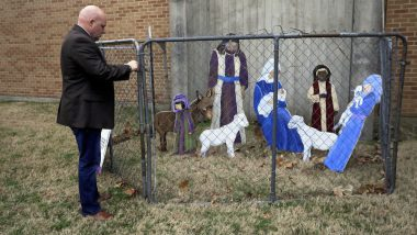 Oklahoma Church Puts Fence Around Nativity Scene For Christmas 2018 to Give Important Message About Donald Trump's Immigration Policy