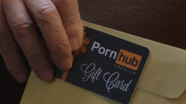 Pornhub Premium Gift Card: This SFW Video from 'XXX' Site is Claiming to be Most Touching Christmas & Holidays Present Ever!