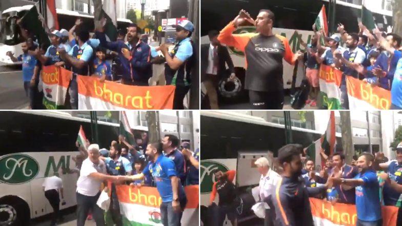 Ravi Shastri Drinks Beer, Virat Kohli and Hardik Pandya Dance As Indian Squad Returns to Team Hotel in Melbourne: Watch Video