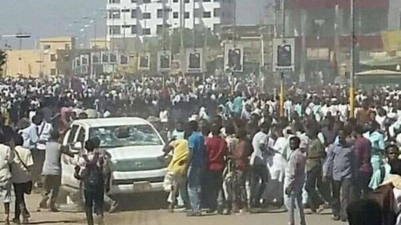 Sudan: Protests Erupt Against Rising Bread & Fuel Prices, 19 Killed, Journalists go on Strike