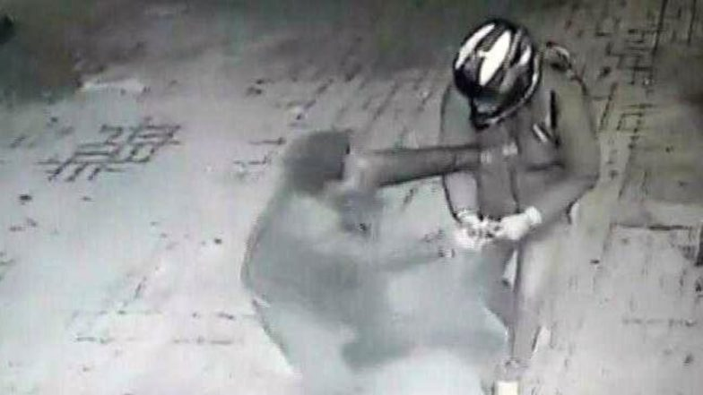 Delhi: Student Snatches Pistol From Thief at Petrol Pump, Saves Self From Being Robbed