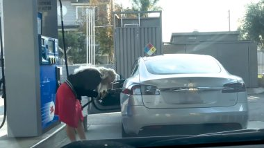 Woman Tries to Fill Petrol in 'Electric' Tesla Car, Funny Video Of Confused Blonde From US Goes Viral